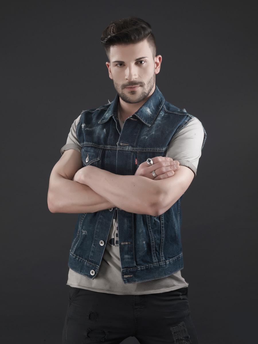 Ernesto_0438
